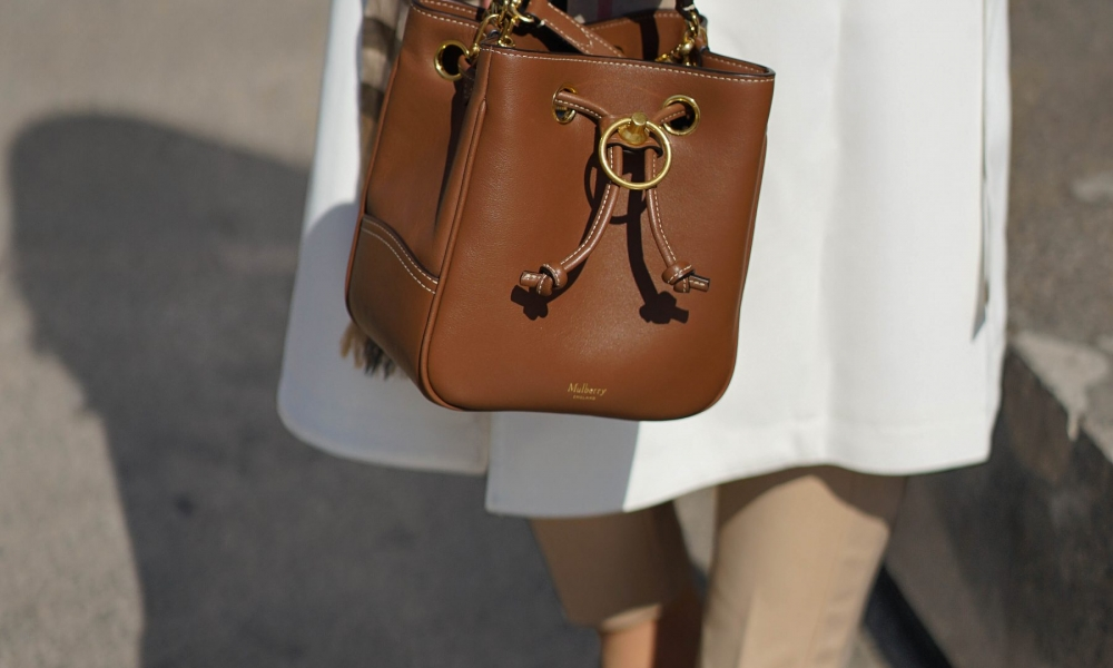 IT BAG ALERT: THE MULBERRY HAMPSTEAD